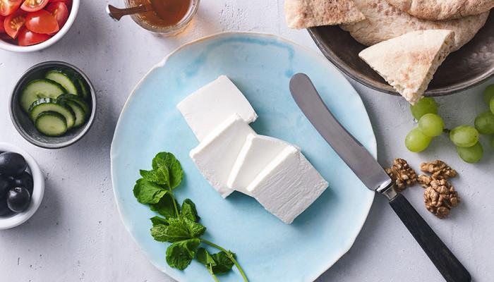 Нови стартер култури наменети за Медитеранско бело сирење